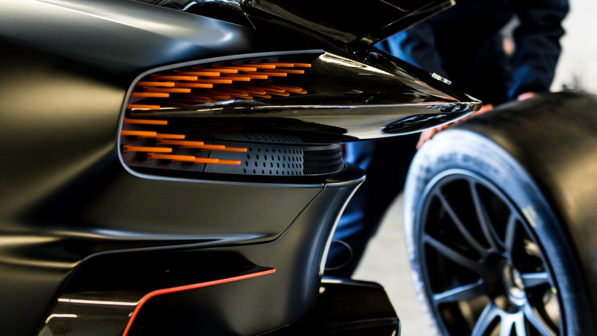 Behold The Unfathomably Gorgeous Spectacle Of An Aston Martin Vulcan