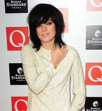 Illustration for article titled Lily Allen Quits Music For Fashion; Obama Breaks With Presidential Dress Code