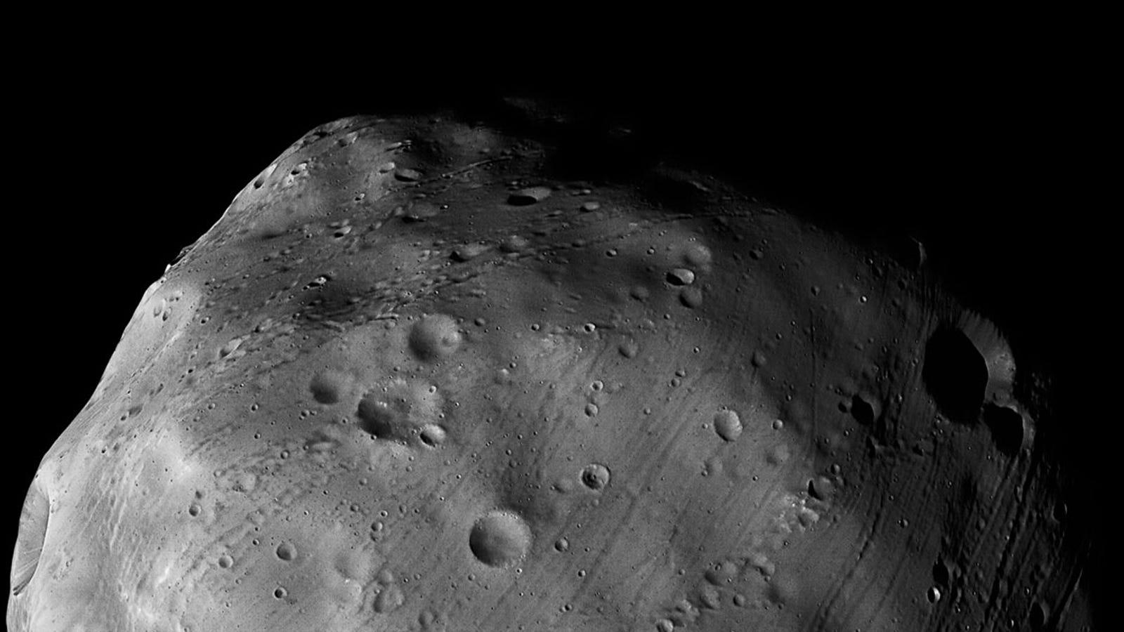 La Mars Express rozará la luna más grande de Marte