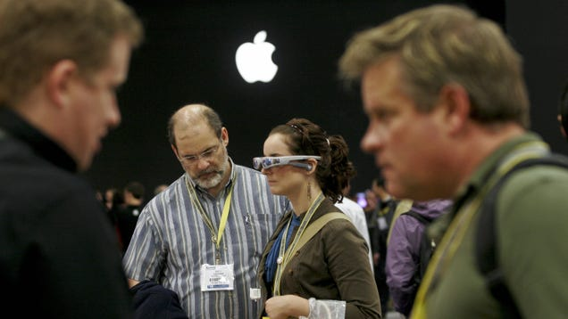 Apple Reportedly Making a VR Headset Few Will Actually Buy