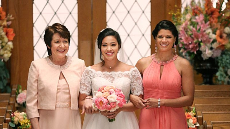 Illustration for article titled Jane The Virgin finally gets married in a powerful season finale
