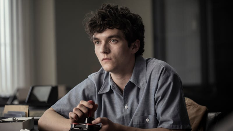 Illustration for article titled Bandersnatch was so complex that season five of Black Mirror has been delayed