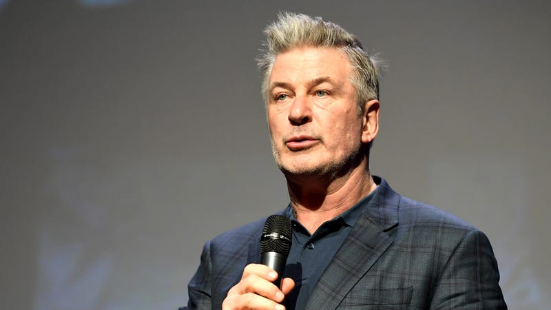 Illustration for article titled Alec Baldwin is getting a talk show where he can be nice to all celebrities
