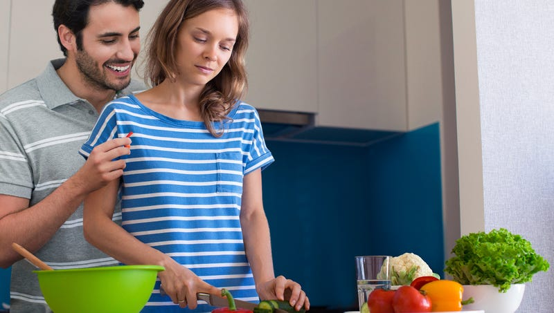 Illustration for article titled 'Cooking Together Is So Fun,' Says Man Correcting Girlfriend's Every Knife Cut