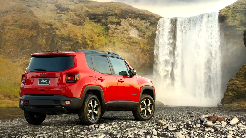 Illustration for article titled I Look Away for One Second and the Jeep Renegade Loses Its Manual Transmission