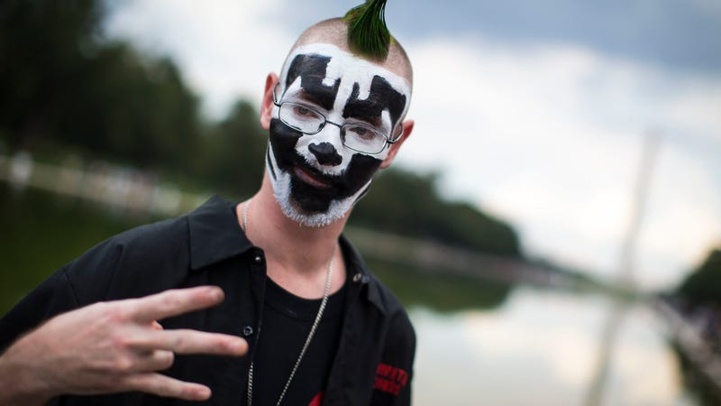 Illustration for article titled Juggalo Valentine's Day Hip-Hop Show Ends With Bar Getting 500 Notices for Illegal Downloads