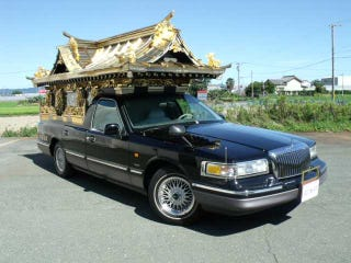 A Lincoln Town Car Hearse In Japan Have All Sorts Of Wow