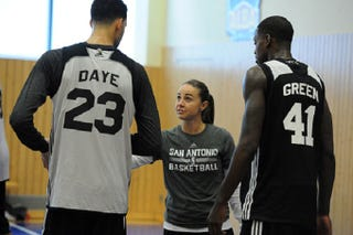 Illustration for article titled Becky Hammon Will Be the First Female NBA Summer League Head Coach