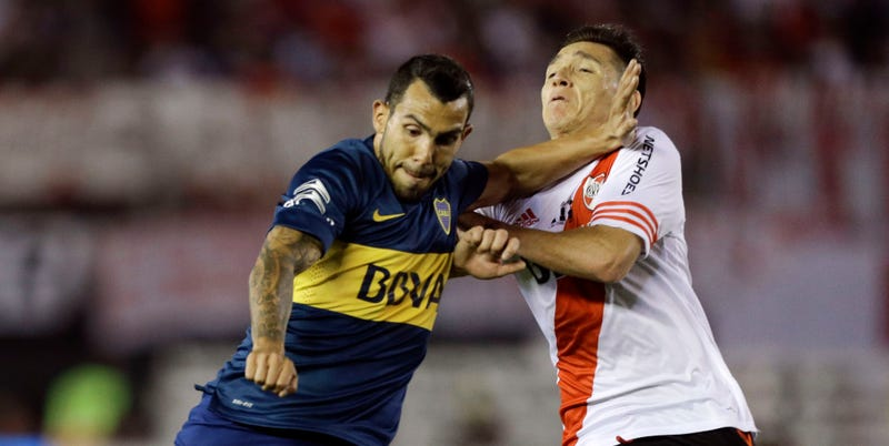 Illustration for article titled Boca Juniors And River Plate Combine For Five Red Cards, Nine Yellows, And One Brawl In A Friendly