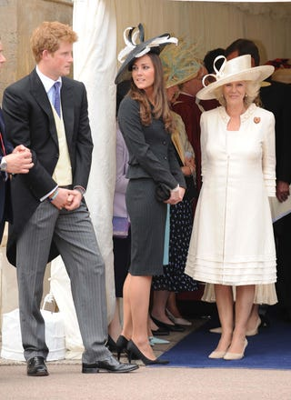 Illustration for article titled Prince Harry Keeps His Distance From Kate Middleton & Camilla