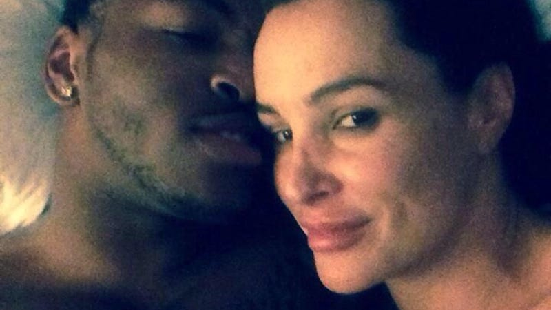 Notre Dame Wr Takes Cute Selfie In Bed With Porn Star Lisa Ann-2618
