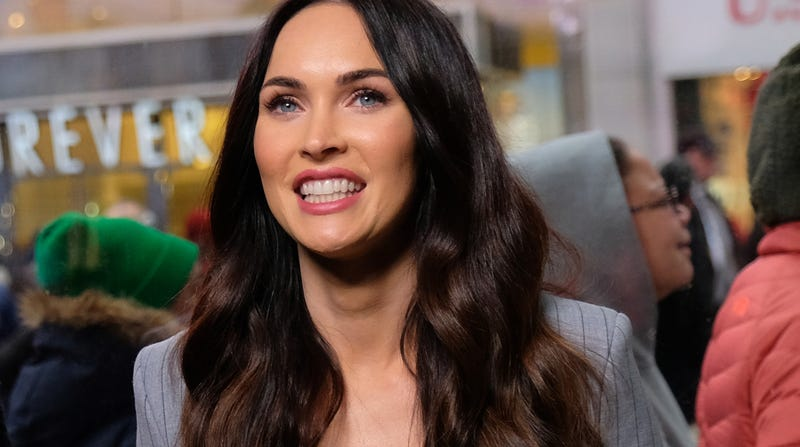 Illustration for article titled Megan Fox Confirms She Hooked Up With Shia LaBeouf: 'I Love Him'