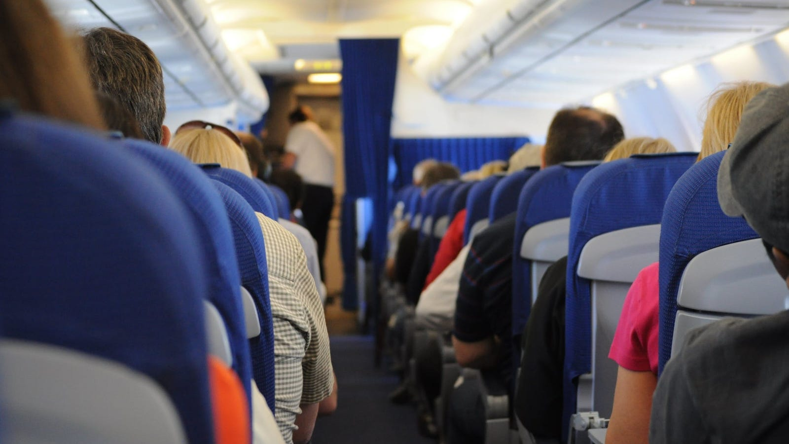 Why You Should Consider Seat Size When Booking a Flight