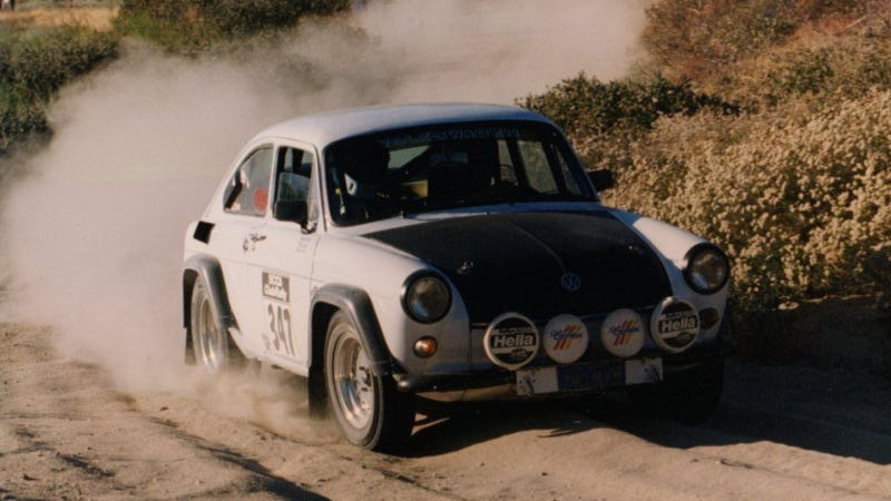 Illustration for article titled This Volkswagen Type 3 Baja Racer Is My Spirit Animal