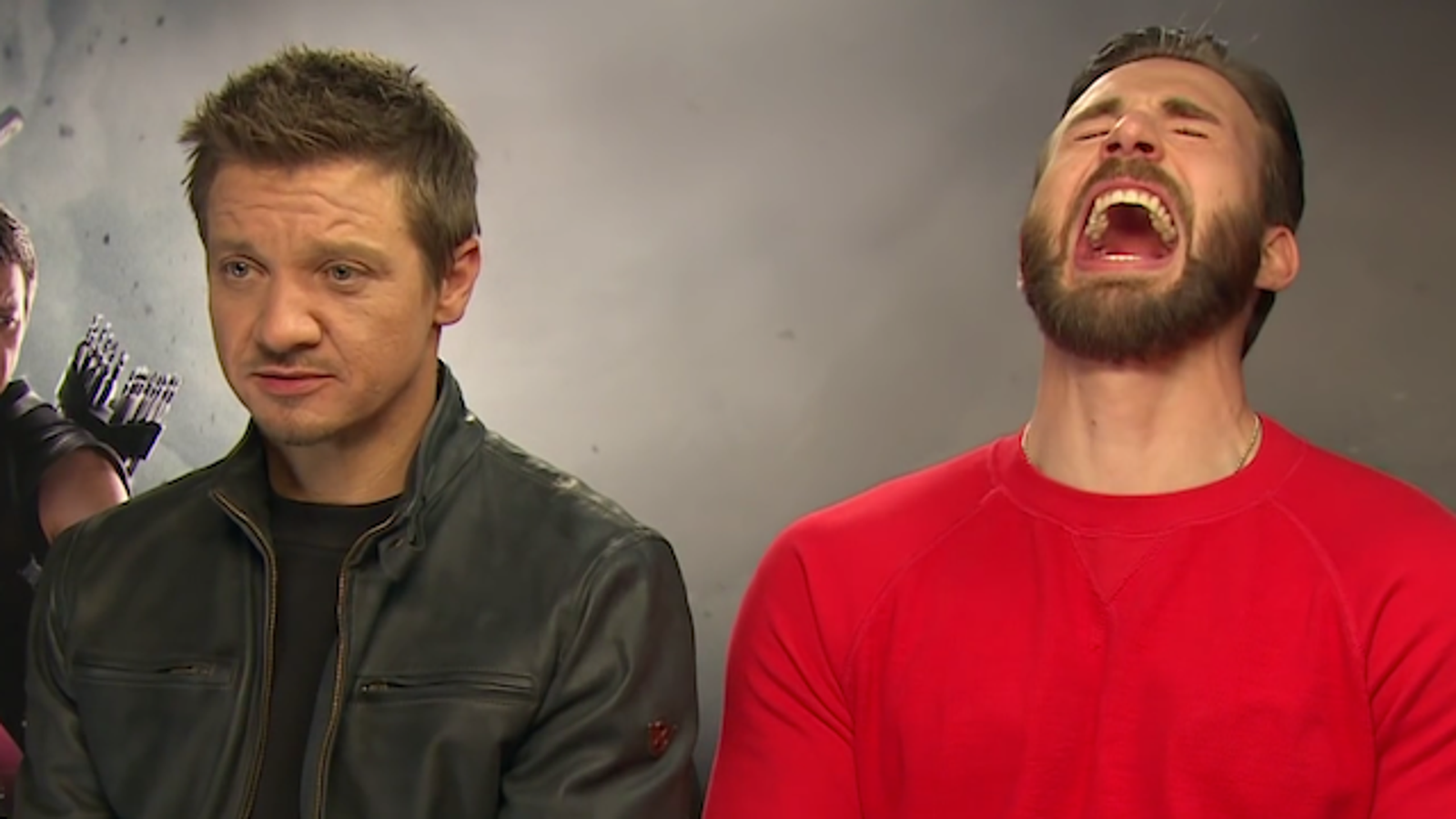 Chris Evans and Jeremy Renner apologized for the stupid joke about heroine Johansson 04/25/2015 19