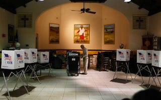 A Tampa, Fla., polling station (Joe Raedle/Getty Images)