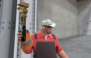 Illustration for article titled Team Fortress 2's Engineer Goes Golden, May Build Not-Dyin' Machine