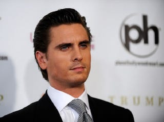 Illustration for article titled Scott Disick is Still On the 'Bender of His Life'