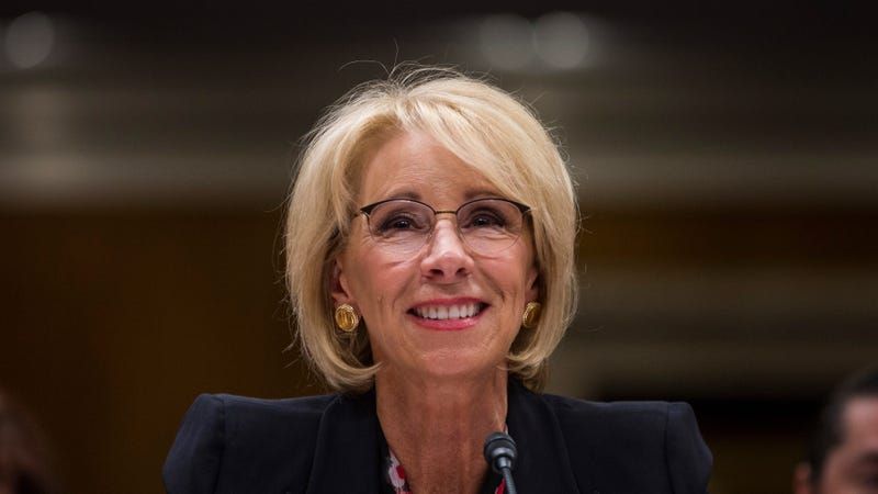 Illustration for article titled Betsy DeVos Knew Exactly What She Was Doing When She Rolled Back Protections for Trans Students