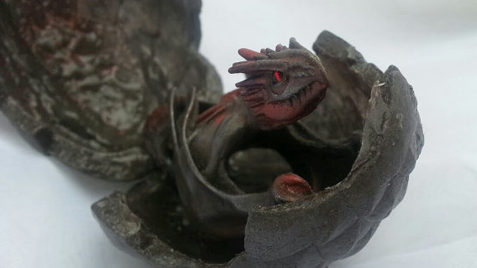 A Dragon Egg That Hatches Into A Beautiful Game Of Thrones Ring