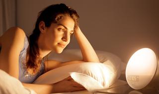 Luz despertador Philips HF3520   $88   Amazon   Tras usar cupón de $25