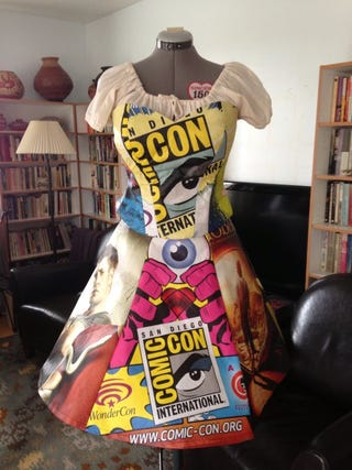 Illustration for article titled Finally! A Use For Your Old Comic-Con Bags!