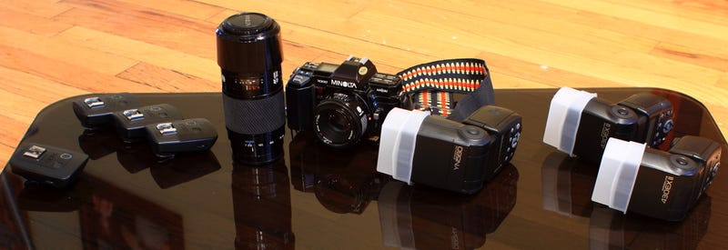 Illustration for article titled So how do I use my digital flashes and radio transceivers with a Minolta Maxxum?