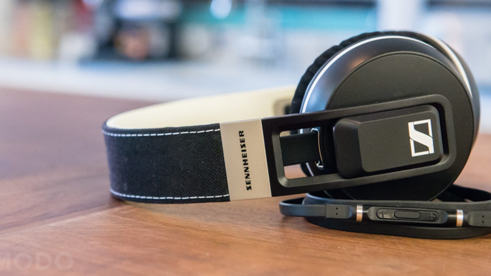 "earbud gummies - Sennheiser Takes a Crack at Beats With Beefy ""Urbanite"" Headphones"