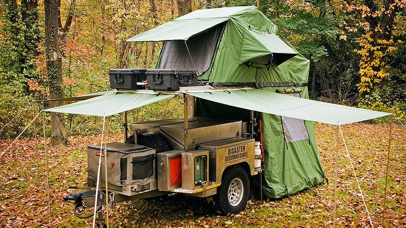 A Tiny Pop Up Trailer Hiding All Your Camping Needs