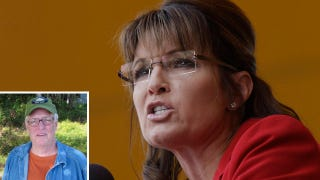 Illustration for article titled McGinniss Admits Book Contains 'Tawdry Gossip,' Palin Threatens To Sue