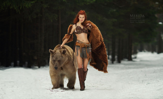 Illustration for article titled Cosplaying with a Bear? You Gotta Be Brave