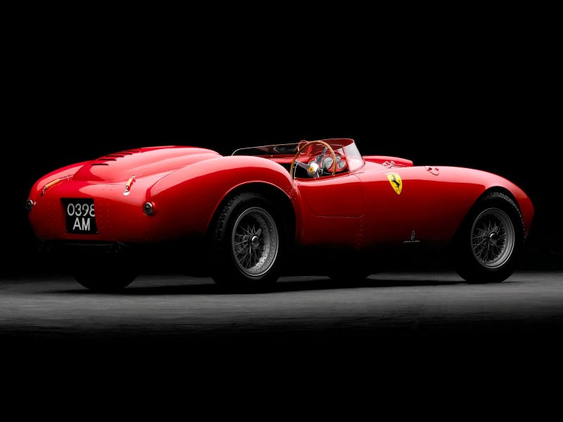 Illustration for article titled Quiz. Why is red the official racing colour of Italy? Correct answer gets my admiration.