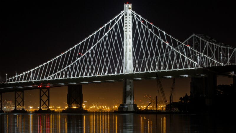 Illustration for article titled Lead Designer of SF Bay Bridge's New Span Is Worried It's Already Corroding