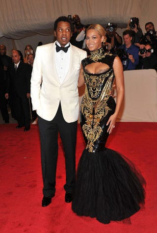 Jay-Z and Beyoncé at the Met gala (Necolebitchi.com)