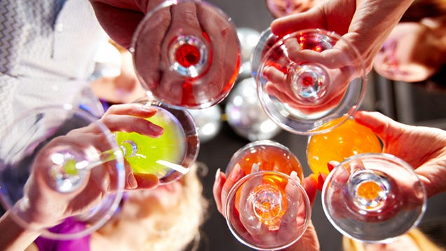 How to host a good party for How to be a good party host