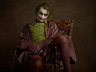Illustration for article titled Stunning photographs reimagine Superheroes as 16th Century Cosplayers