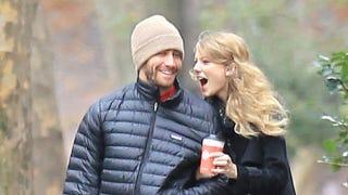 Illustration for article titled Jake Gyllenhaal & Taylor Swift Have Reunited