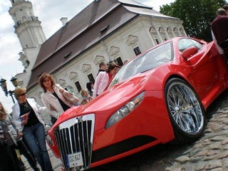 Illustration for article titled Russians Turn CL Mercedes Into Red Menace, We Show You How