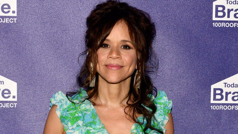 Illustration for article titled Rosie Perez to play Renee Montoya in Birds Of Prey
