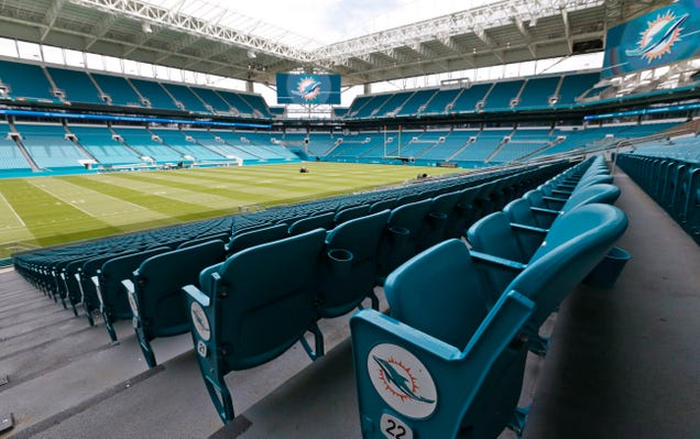 Dolphins-Bucs Game May Have To Be Moved To Avoid Category 5 Hurricane Irma