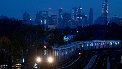 nyc mayor ingenuously proposes taxing rich to fix subway