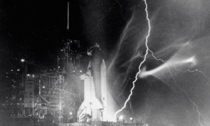 Illustration for article titled Lightning and Rockets Don't Mix, Even for the Space Shuttle