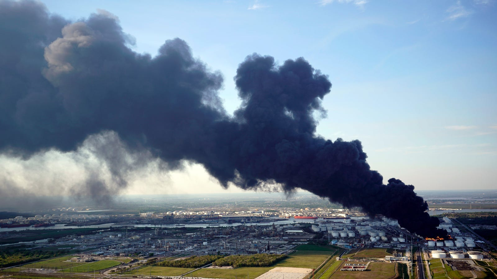 This Week's Giant Toxic Gas Cloud Over Houston Was a Symptom of a Much Bigger Problem