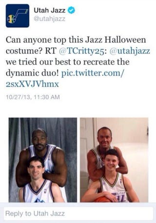 Illustration for article titled The Utah Jazz Tweeted A Photo Of A Blackface Karl Malone