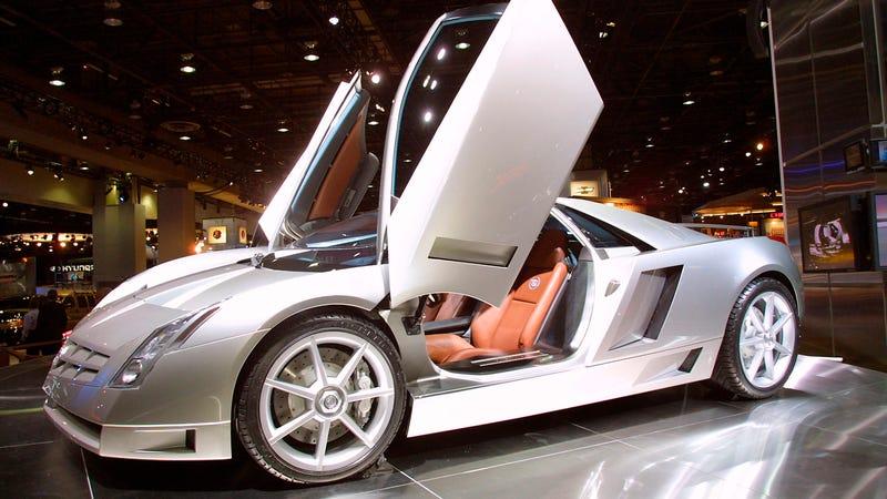Cadillac at the 2002 NAIAS
