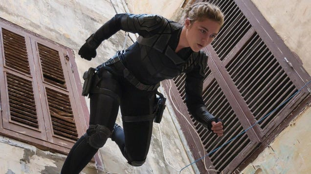 The First Black Widow Reactions Praise Florence Pugh and Massive Action