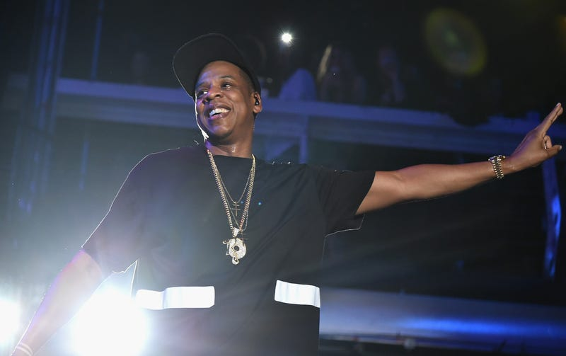 Illustration for article titled Jay Z Celebrates His Birthday in a Beautiful Field