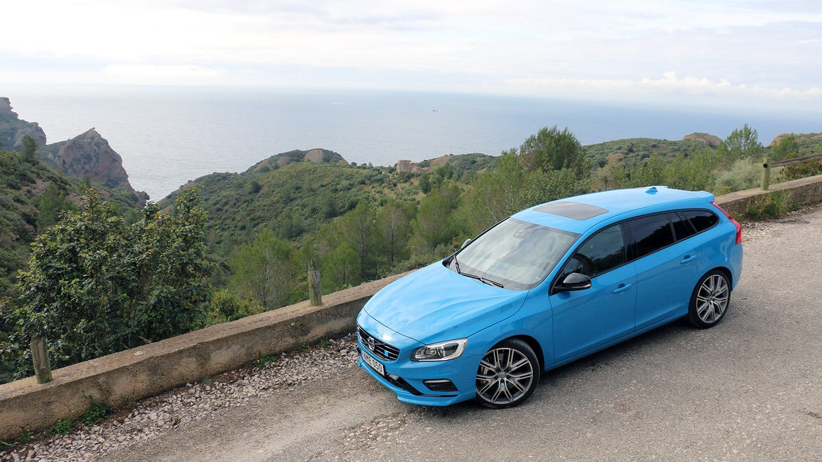 The 2017 Volvo V60 And S60 Polestar Are Fun Enough To Be The