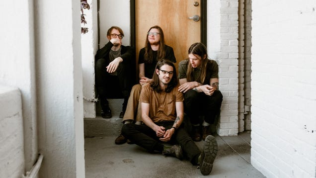 Slaughter Beach, Dog announces new album, Safe And Also No Fear, with 2 excellent singles