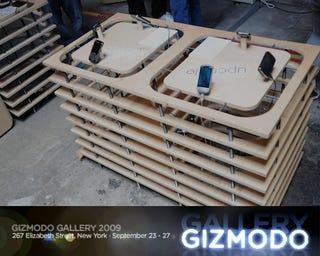 Illustration for article titled Today @ Giz Gallery '09:  Jason Bentley Live DJ Set and Smartphone Battlemodo